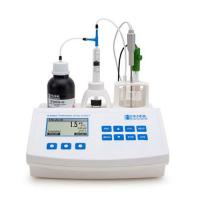 Testing wine acidity levels Hanna Mini Titrator T/A Complete Unit